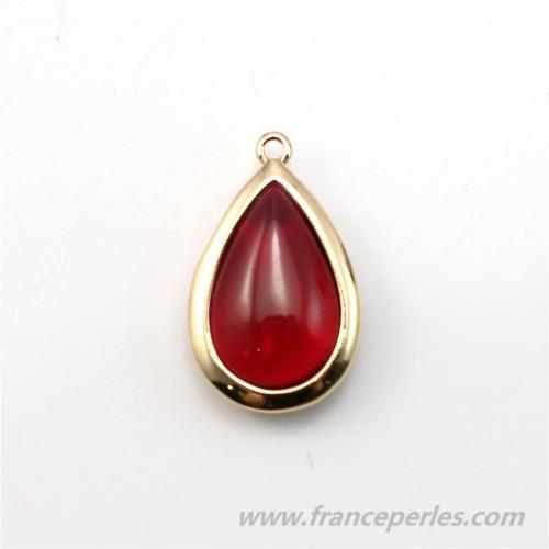 Verre coloré rouge en goutte serti sur métal doré 13.5x22mm x 1pc