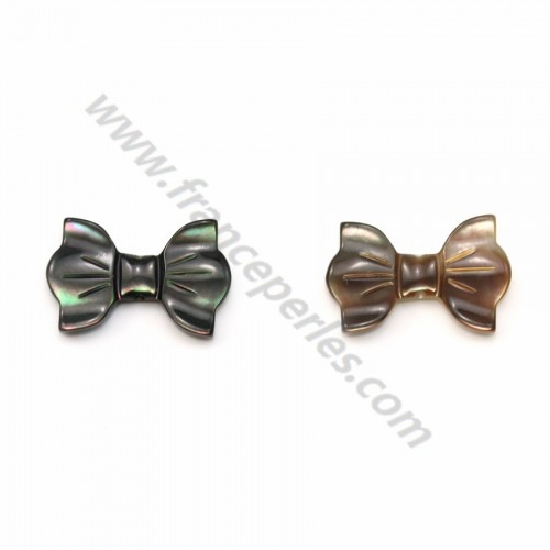 Nacre grise en forme de noeud papillon 9x14mm x 1pc