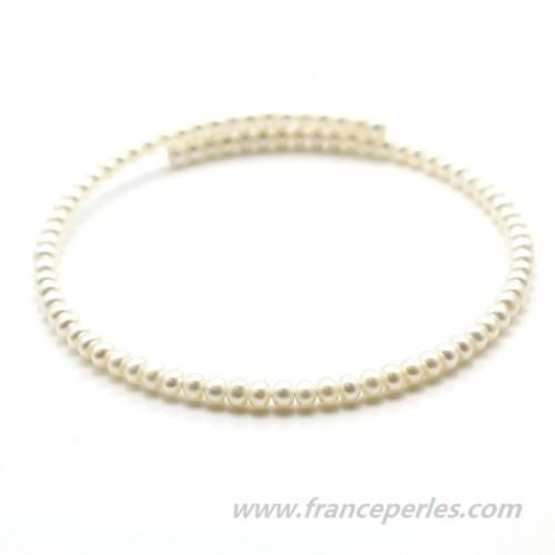 Choker neck white freshwater pearls