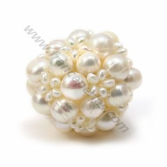 Pearl of white freshwater pearls, in size of 30mm x 1pc