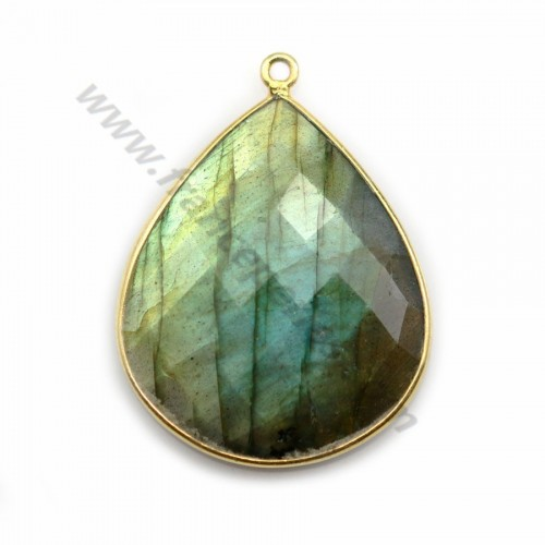 Labradorite pendant set in golden silver, in shape of a drop 26*31mm x 1pc